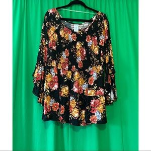 TIME AND TRU Floral Top